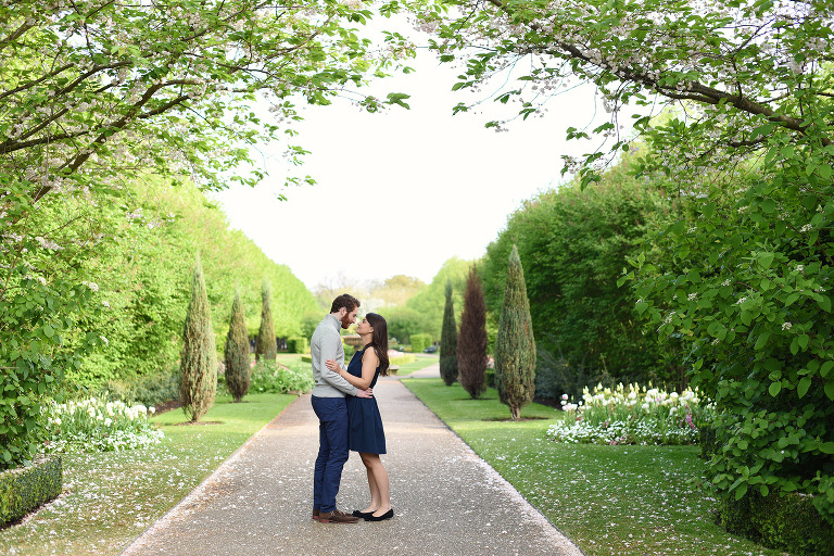 engagement photography in in Regents Park Central London