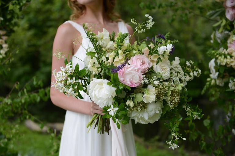 romantic wild wedding bouquet