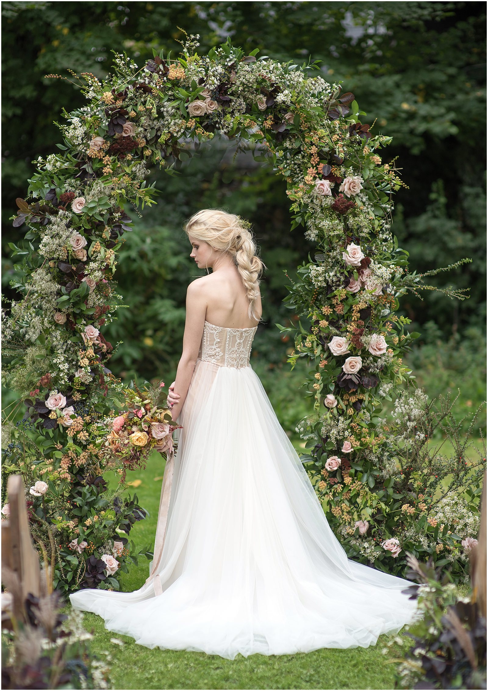 wedding flower arch bride