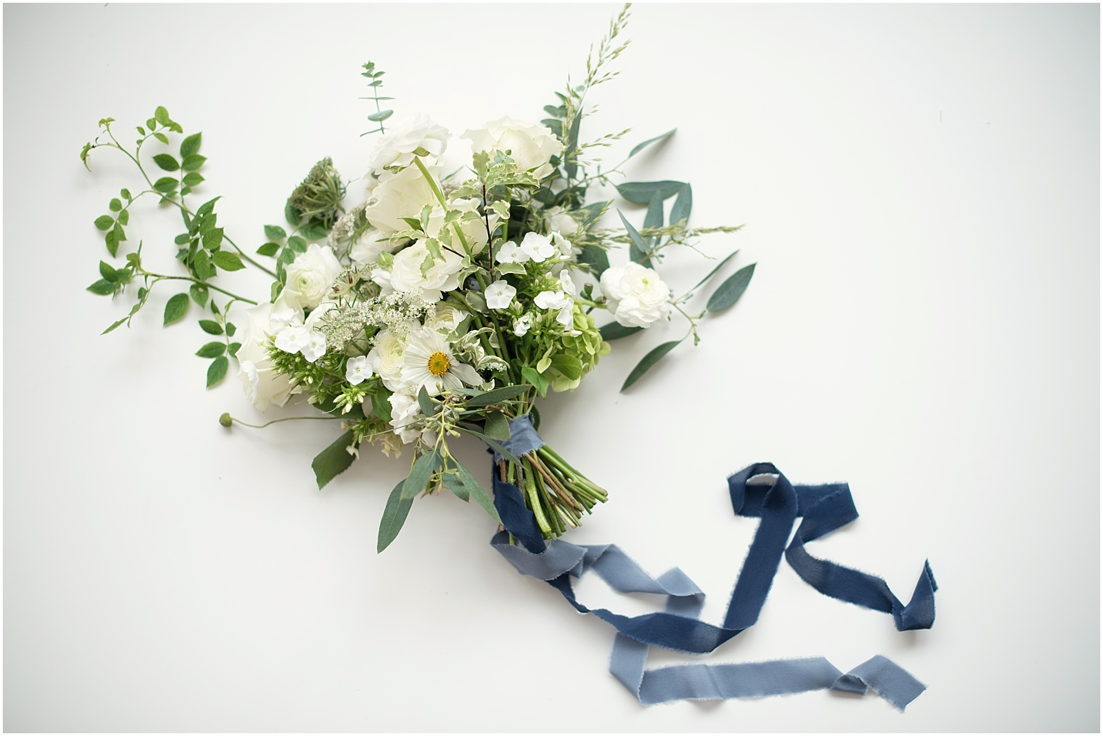 pure white wedding bouquet