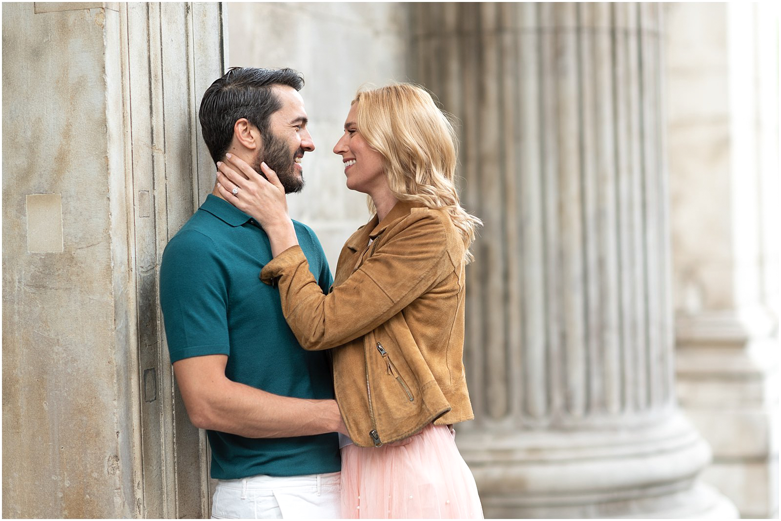 London couple engagement photography st pauls cathedral romantic intimate couple shoot