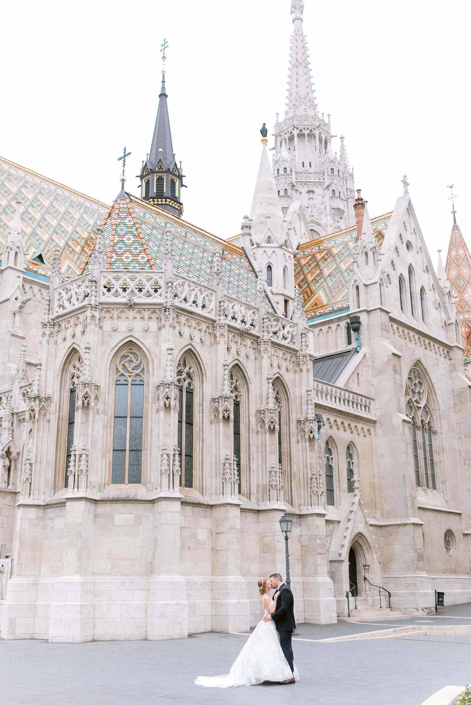 destination wedding by Buda Castle