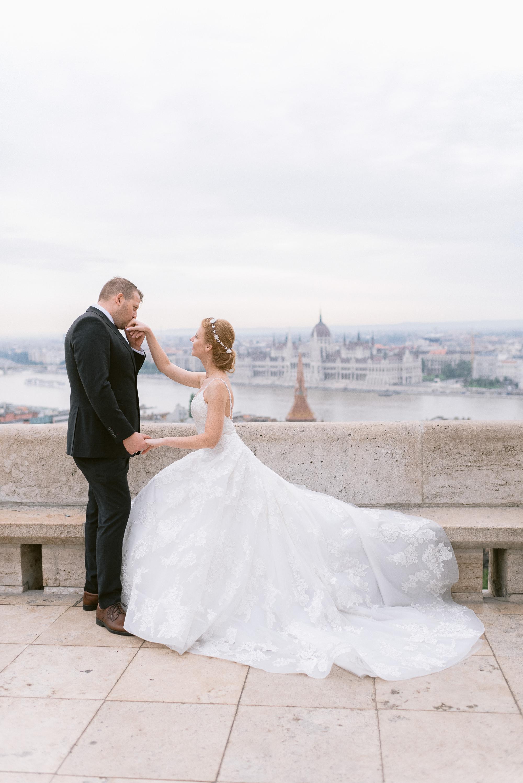 romantic Budapest destination photography