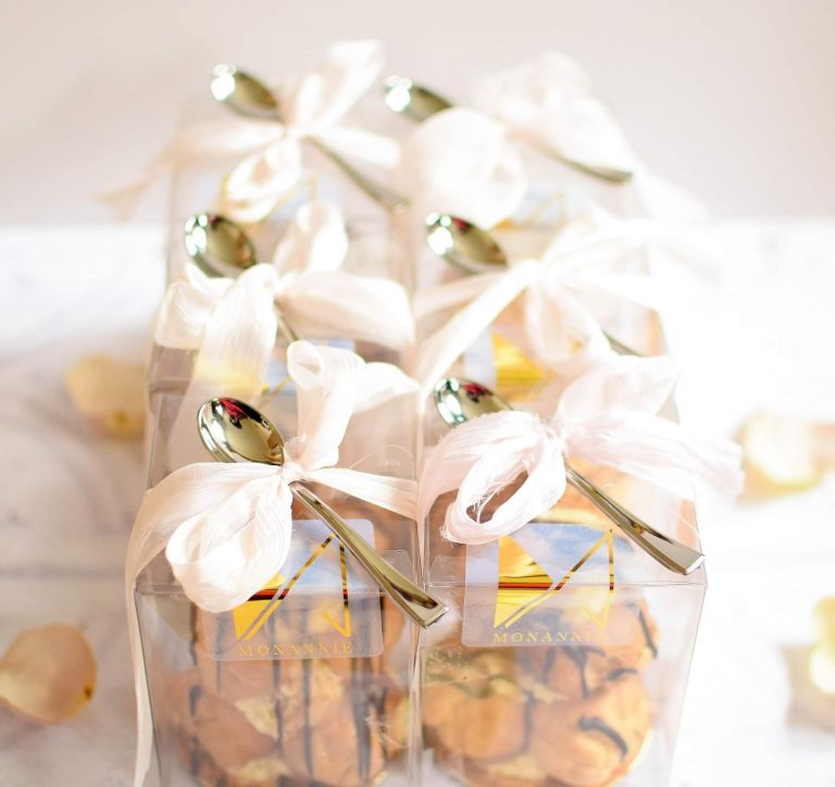 edible wedding favours