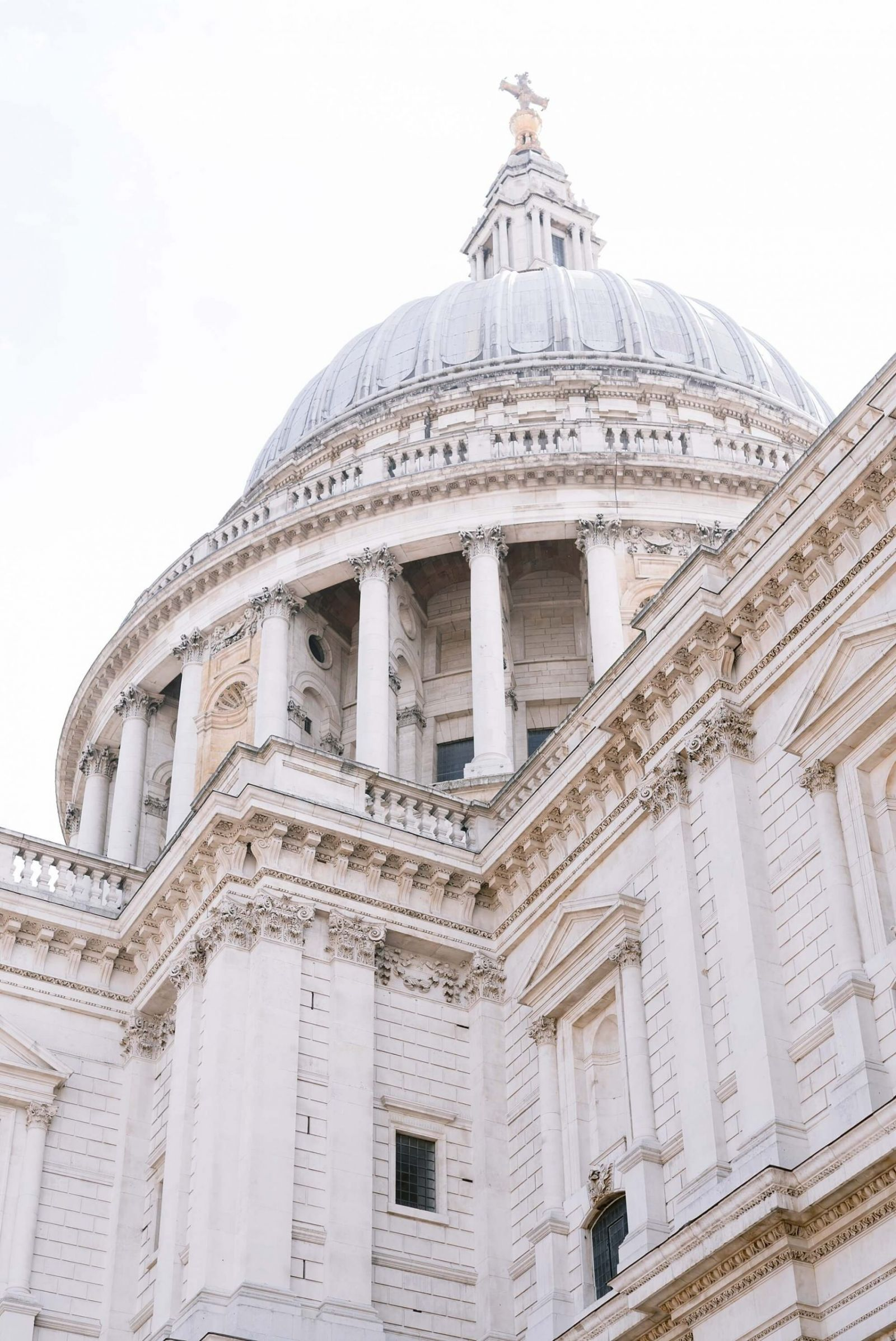 St Pauls Cathedral Engagement Shoot