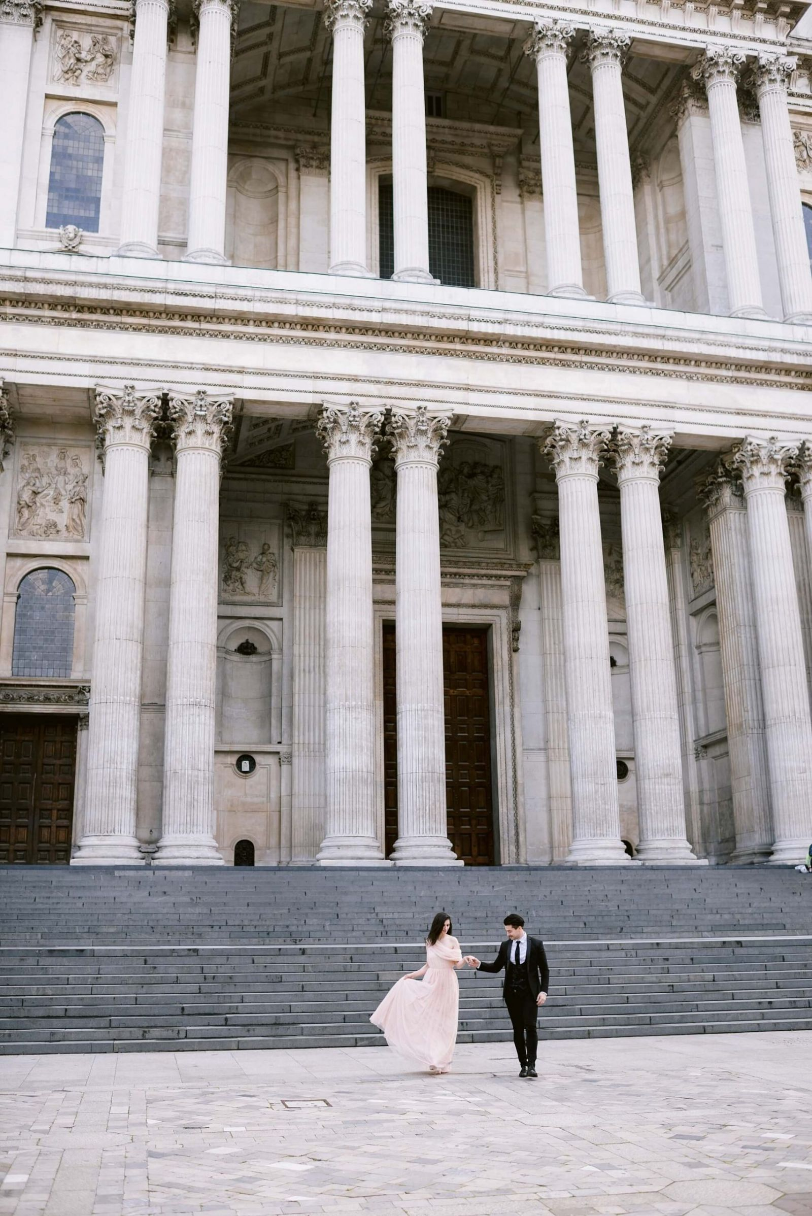 London engagement photography st pauls cathedral